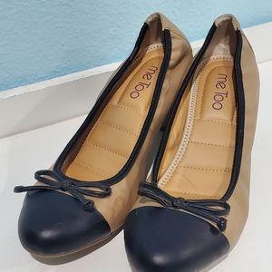 Black & tan Me Too heels w/ chunky heel